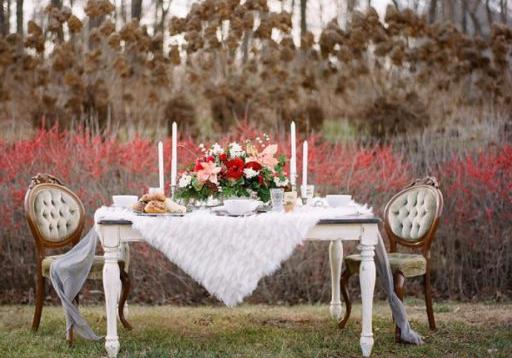 Anna Farm Table